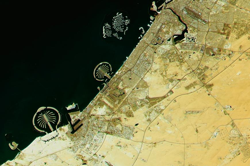 7 Incredible Photos of Dubai From Space