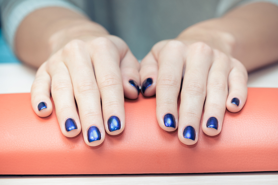 Blue nails and meaning