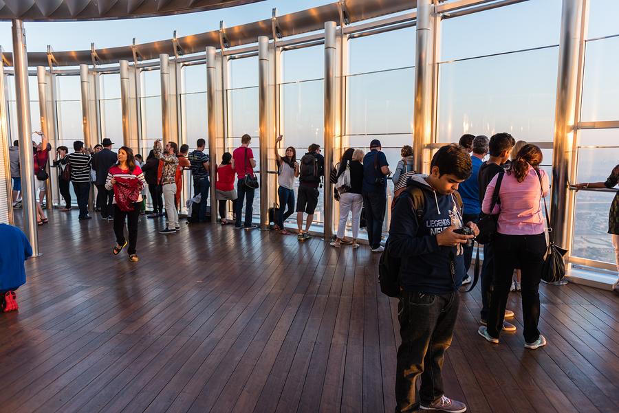 Burj khalifa observation deck teen activities
