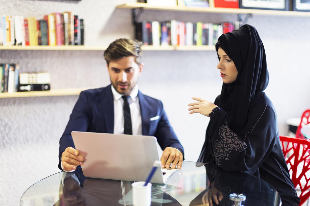 Work permits in Abu Dhabi