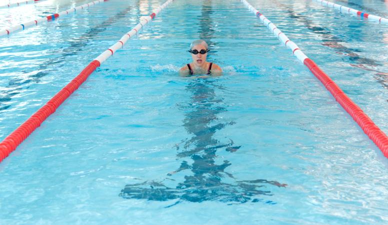 swimming in abu dhabi