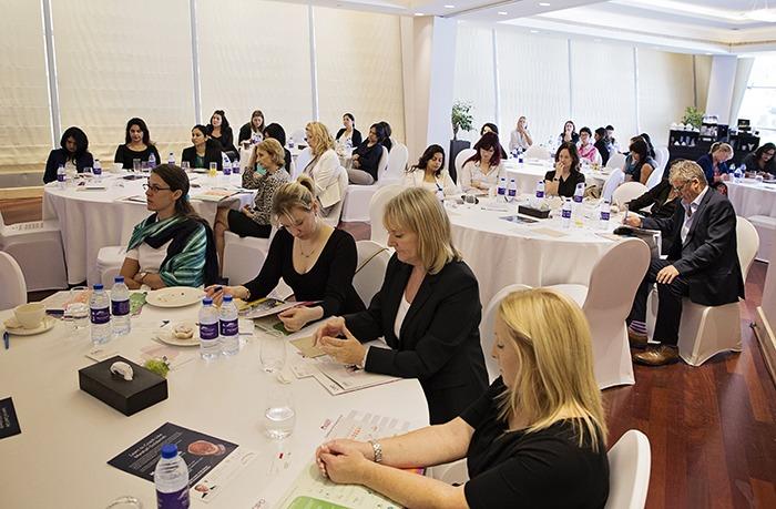 ExpatWoman HR Breakfast | November 2016