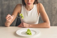 Eating Disorder: Signs, Symptoms and Treatment in Dubai