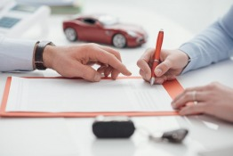Shop Around for the Best Car Insurance Policy in Dubai