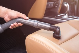5 DIY Tips to Eliminate Unpleasant Odors from Your Car
