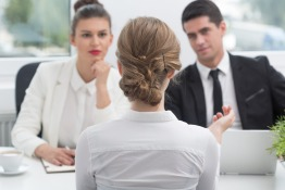Business etiquette when meeting with Qataris