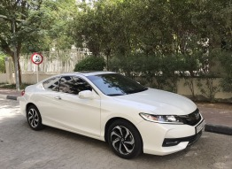 2016 WHITE HONDA ACCORD COUPE - EXCELLENT CONDITION