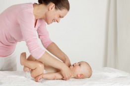 Parents in Dubai: Short Course on Bonding & Sleeping, Relfexzone and Colds & Snuffles in Children