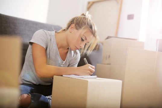 ExpatWoman.com's Moving in the Middle East Survey
